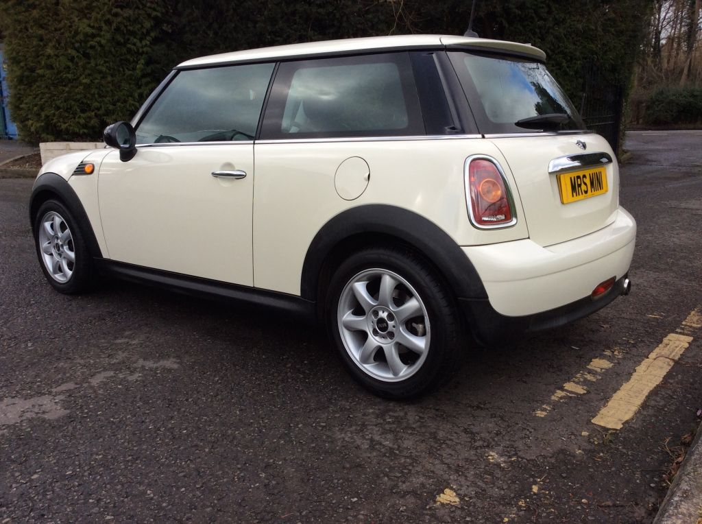 Marianna Has Chosen This 2008 Mini One 14 In Pepper White With Half