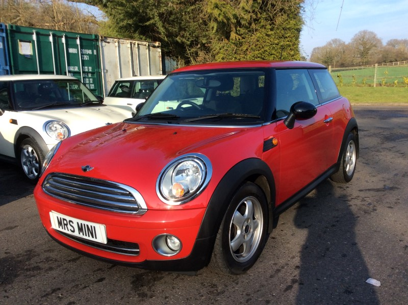 2008 Mini One Red 14 With Pepper Pack Multifunction Steering Wheel