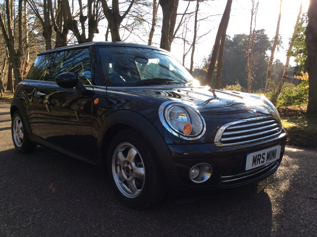Sold To Sarah Good Choice Sarahs Dad 2008 Mini One 14 Auto