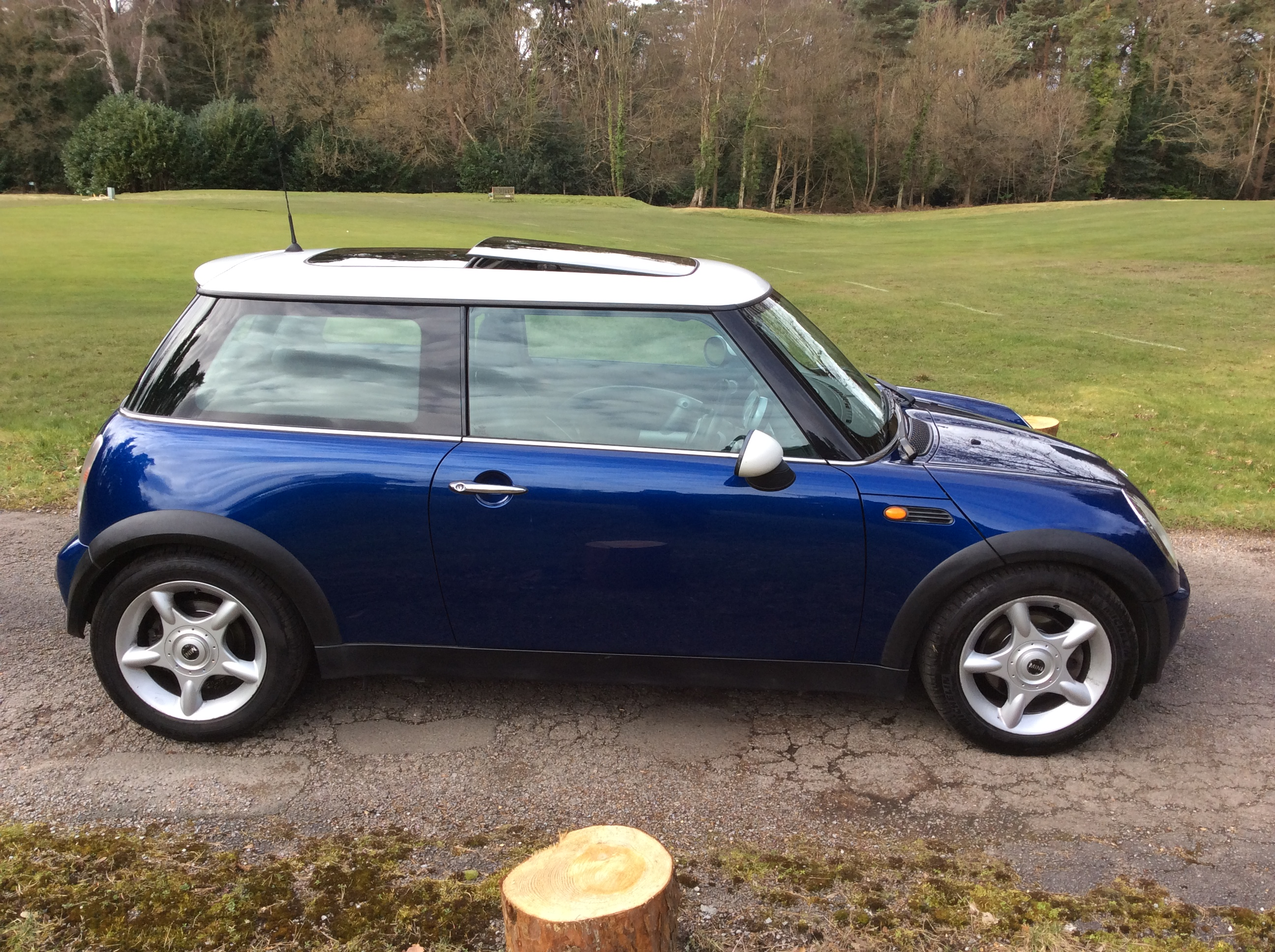 christina is having this 2003 53 mini cooper in blue. Black Bedroom Furniture Sets. Home Design Ideas