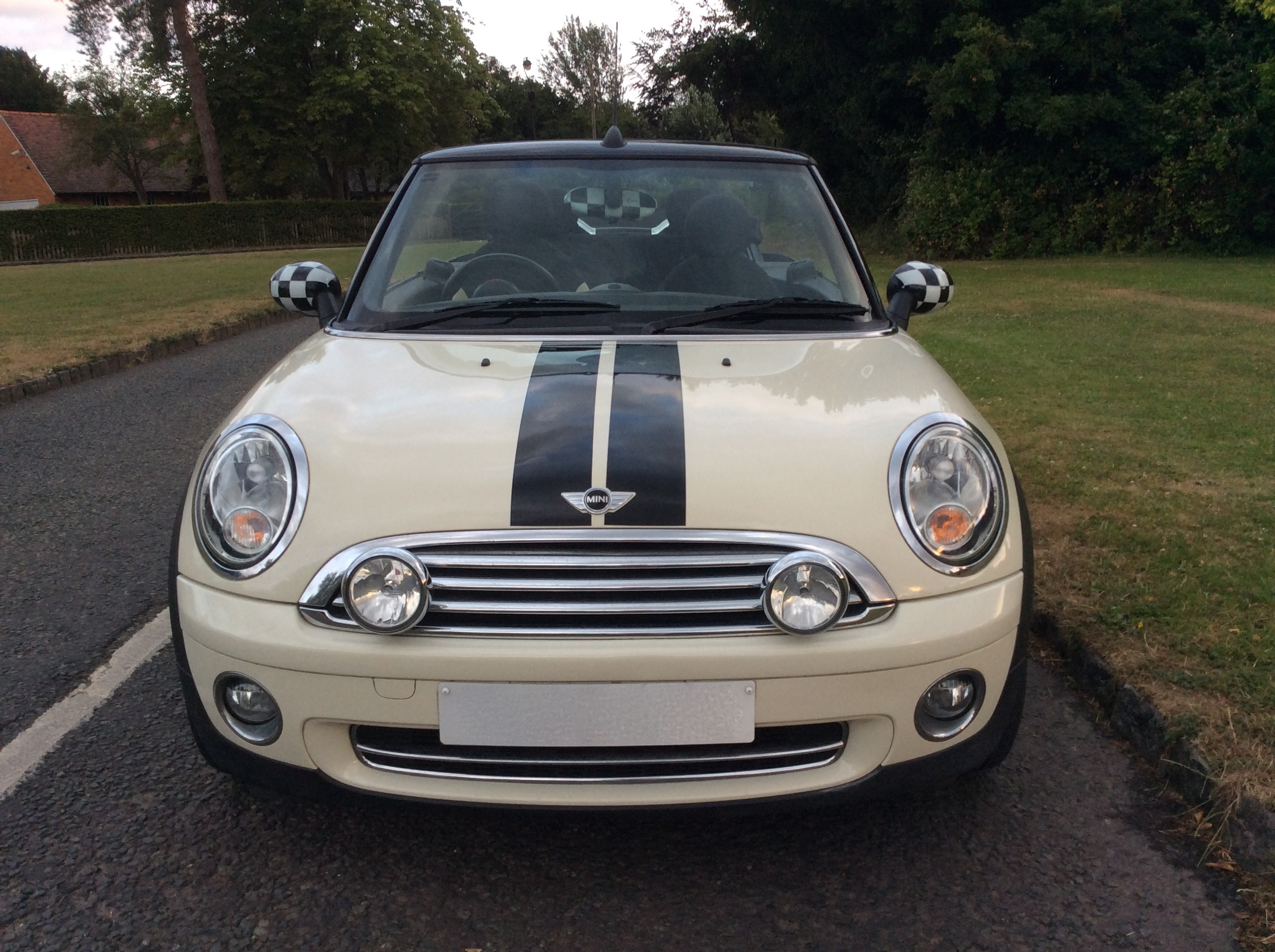 Mini Cooper Convertible For Sale >> The very glamorous Irene chose this 2009 MINI Cooper Convertible in Pepper White with low miles ...