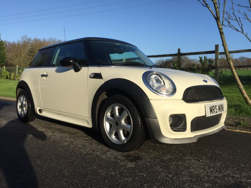 2009 Mini Cooper In Pepper White With John Cooper Works
