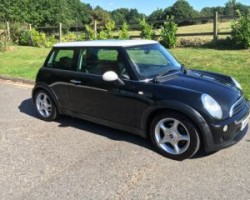 2002 Black MINI Cooper with sunroof Full Leather & we have just serviced & put a fresh MOT on her too