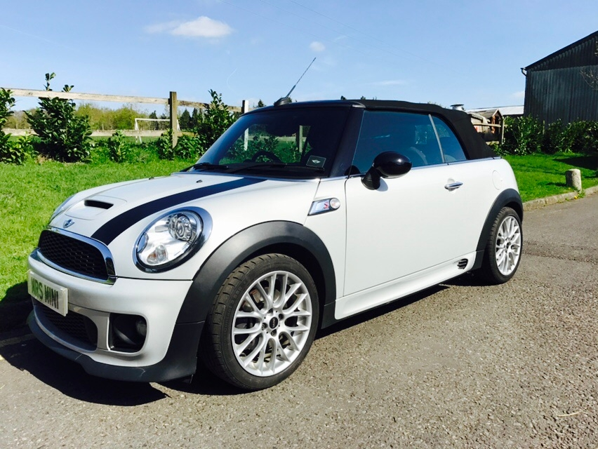 Used Mini Cooper Convertible >> Anne has chosen this 2012 MINI Cooper S Convertible in White Silver with 17K miles - Mrs MINI ...