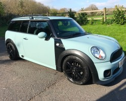 Gloria has chosen this 2012 MINI Cooper Clubman Automatic 1.6 Ice Blue With A John Cooper Works Bodykit