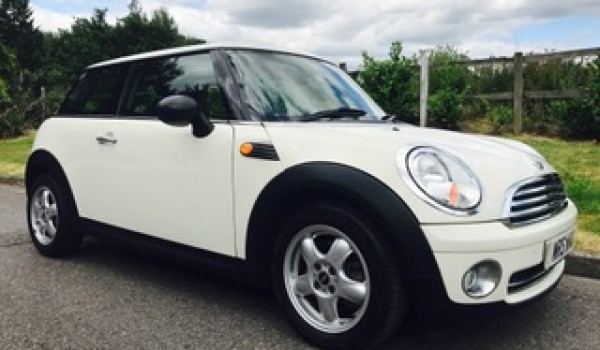 Nikki has chosen this 2010 MINI One AUTOMATIC in Pepper White with Low Miles 30K with PEPPER PACK