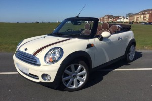 2009 MINI Cooper Convertible in Pepper White with Chocolate Hood & Full Lounge Leather Heated Seats & so much more too…