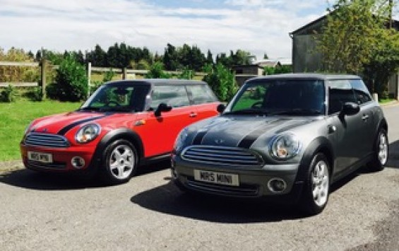 2010 MINI Cooper Graphite with only 30K miles