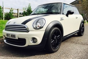2013 / 63 Limited Edition MINI One Baker Street In Pepper White with BIG Spec