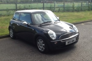2006 MINI ONE SEVEN with Pepper & Visibility Pack & Piano Black Interior