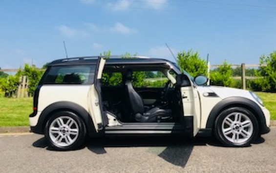2013 Mini Cooper Clubman in Pepper White with Big Spec