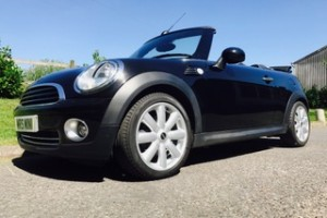 2010 MINI Cooper Automatic with Chili Pack in Black with High Spec
