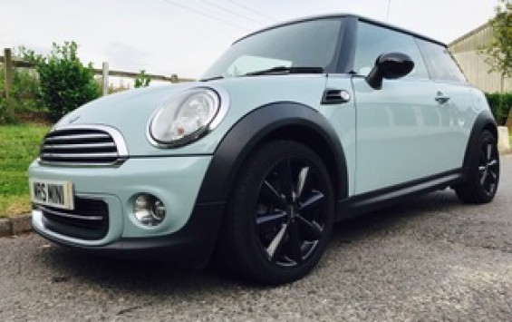 2011 / 61 MINI Cooper with Chili Pack in Ice Blue with Low Miles & Full Service History