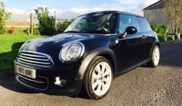 2010 / 60 MINI Cooper in Black with Chili Pack & Full Cream Leather Heated Seats
