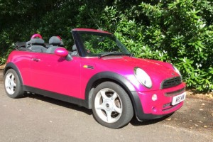 2006 MINI One Convertible DID WE MENTIONS SHE'S PINK