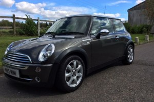 Sarah is going to be the first to see this 2006 MINI Cooper Park Lane Needs An Adventurous Owner as she's only done 28K Miles & needs to get out more