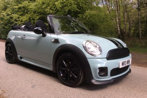 2011 Ice Blue MINI One Convertible with HUGE SPEC including Blu Teeth !!