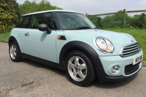 2011 MINI One with Pepper Pack – In Ice Blue