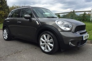 2011 MINI Countryman Cooper S In Royal Grey – Cream Leather Heated Seats Interior Sat-Nav and Parking Sensors & more
