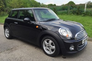 2011 MINI COOPER In Black With Pepper Pack Low Miles