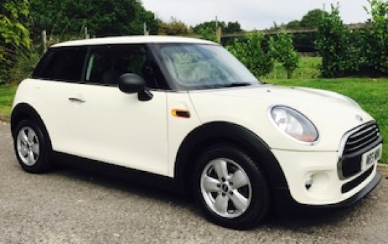 2014 / 64 MINI One 1.2 One (Media XL) Hatchback 3dr with Sat Nav & More