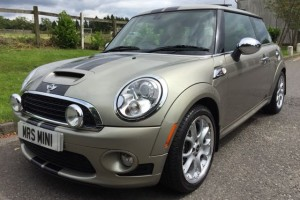 2010 MINI Cooper S  AUTOMATIC with Chili & Visibility Packs Sunroof & LOADS MORE SPEC + Low Miles 25K