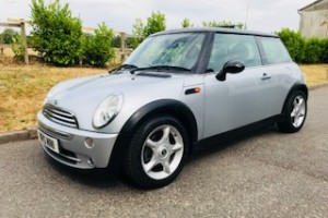 2005 MINI Cooper in Pure Silver with Chili Pack & just 56K miles plus a Panoramic Glass Sunroof