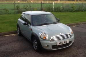 2011 / 60 MINI ONE in Ice Blue – Low Miles 26K