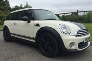 2010 MINI One Clubman In Pepper White With Pepper Pack Bluetooth Roof Rails & 5 Seats