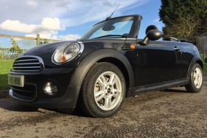 2011 / 61 MINI One Convertible In Midnight Black with Half Leather Heated Seats