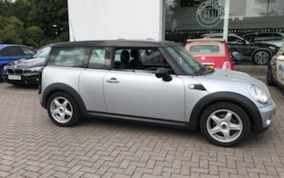 2007/57 MINI Cooper Clubman In Pure Silver with Pepper Pack & LOW LOW MILES