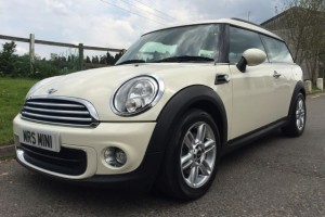 2012 MINI One Clubman in Pepper White with Pepper Pack 5 Seats & Lots of Extras