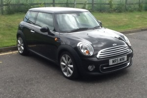 2010 /60 MINI COOPER with HIGH SPEC WHITE LEATHER SEATS & so much more