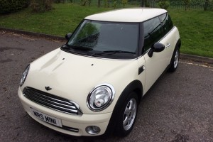 Hayley has decided this is the MINI for her….     2008 MINI One 1.4 Pepper Pack – White  **LOW MILES**