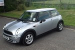 2006 MINI ONE in PURE SILVER– VERY LOW MILES & IN FANTASTIC SHAPE FOR HER AGE….  Now wearing upgraded 15″ Alloy Wheels