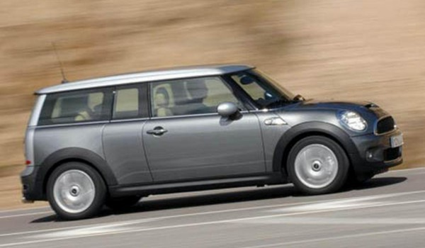 2007 / 57 MINI Cooper CLUBMAN In Pure Silver With Pepper Pack & Sunroof