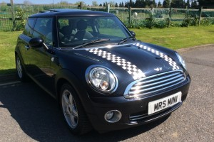 2007 / 57 MINI Cooper with Full Punch Leather Panoramic Sunroof and Full Service History