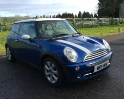 Jill has chosen this 2005/55 MINI Cooper 1.6 Chili Pack in Hyper Blue – Not too may wrinkles on this one!