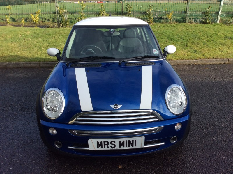 Jill Has Chosen This 200555 Mini Cooper 16 Chili Pack In Hyper