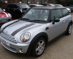 Clare & Pat have chosen this 2008 Silver MINI Cooper with HUGE SPEC & 37K Miles – SUNROOF BLUETOOTH SAT NAV PARKING SENSORS FULL MINI SERVICE HISTORY