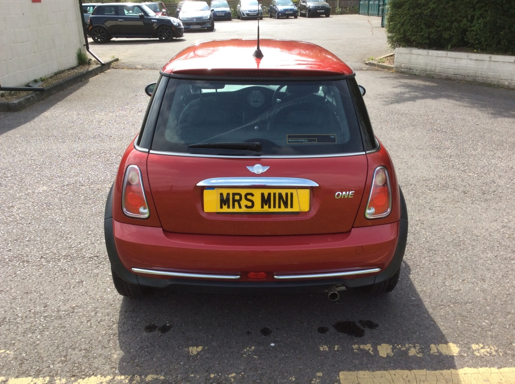 Too Late Andrea Has Chosen This 2006 Mini One Seven Automatic