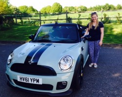 Duncan (after the lead Singer From Blue) is going to live with Natasha – Lucky Natasha we say !!  2011 Ice Blue MINI One Convertible with HUGE SPEC including Blu Teeth !!