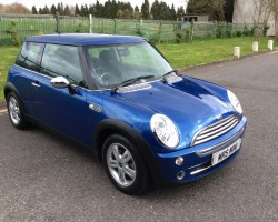 Callum saw this MINI today and decided was perfect for him – 2006 MINI ONE in Blue with Amazingly Low Miles – 27K