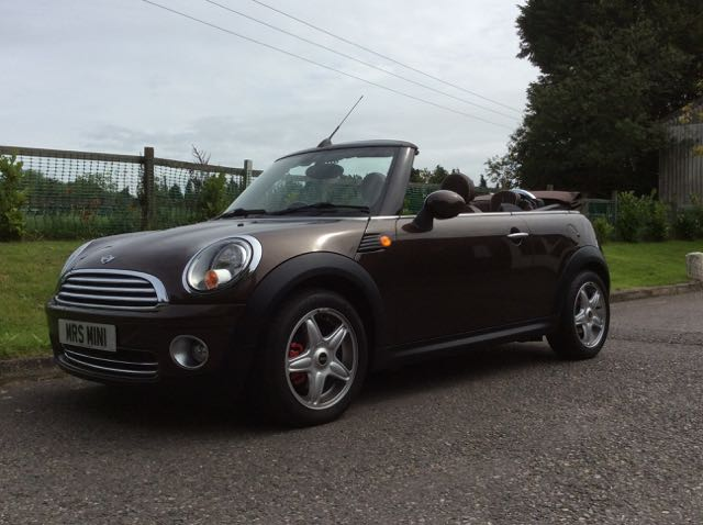 Mini Cooper Owners Lounge >> 2009 MINI Cooper Convertible in Hot Chocolate with Chili Pack, Full Lounge Leather & so much ...