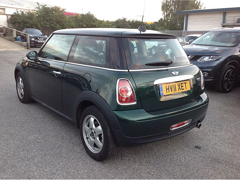 Neil Amy Have Chosen This 2011 61 Mini One 16 In British Racing