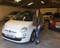 Leanne's dad is treating her !!  2010 Fiat 500 Lounge White