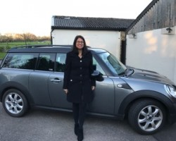 Sapna has chosen this 2010 MINI Clubman 1.6 Cooper Graphite Automatic with Low Miles & in Fantastic Condition