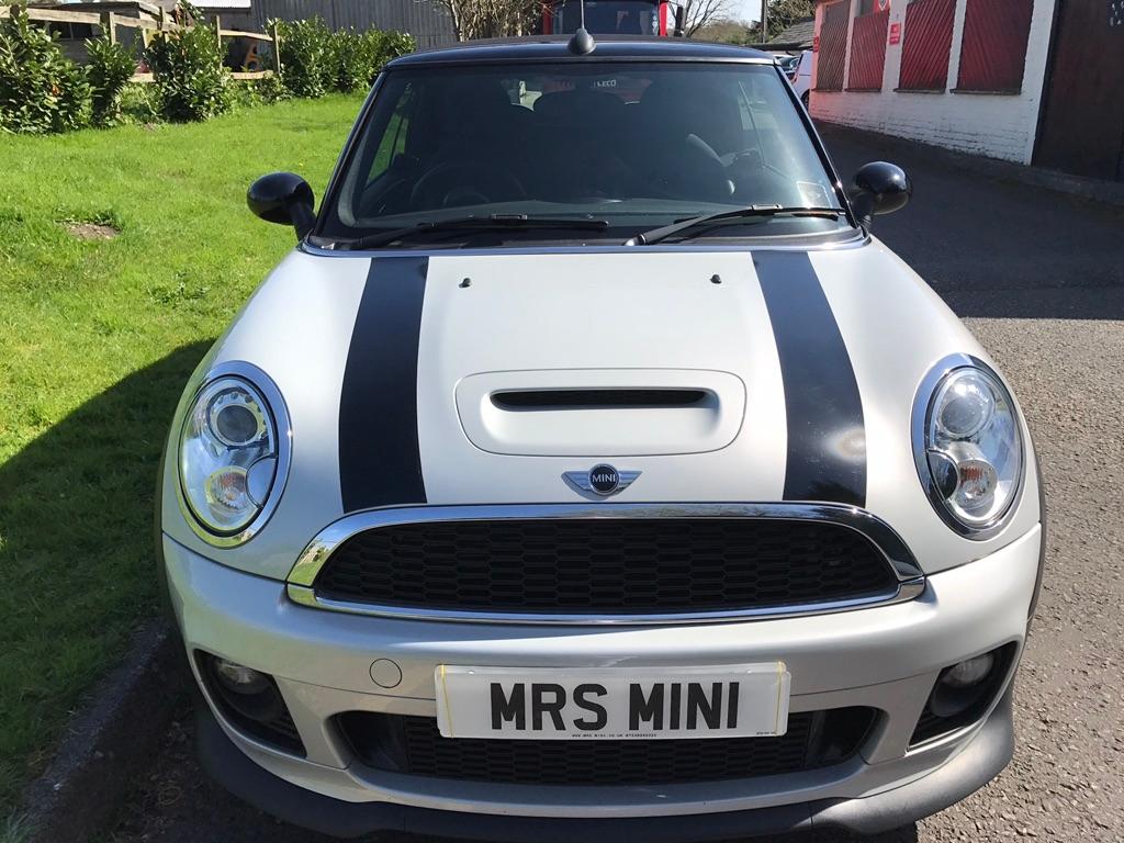 Anne Has Chosen This 2012 Mini Cooper S Convertible In White Silver
