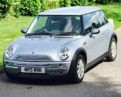 Surprise for a lucky lady !!  2003 MINI One Auto 1.6 Pure Silver Metallic