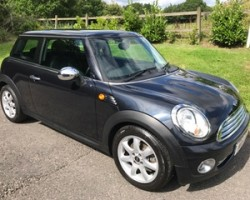 Peter has chosen to treat his daughter to this 2008 MINI One in Black with Pepper Pack & Full MINI Service History & Low Miles